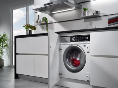 AEG L7WEI7680 Washer Dryer