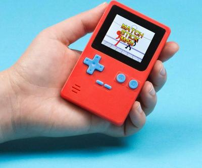 thumbsUp! Retro Portable Handheld Console Konsole