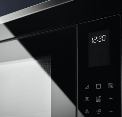 Electrolux LMS4253TMX Microwave