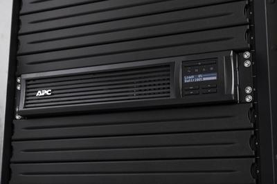 APC Smart-UPS SMT3000RMI2UC UPS
