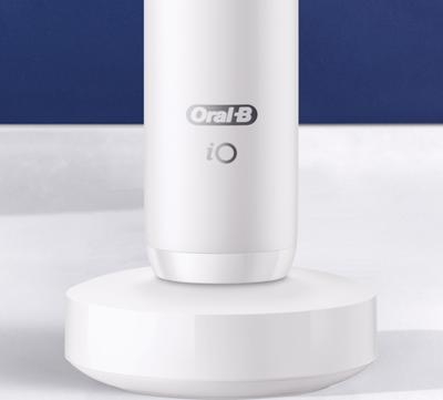 Oral-B iO Series 7n Elektrische Zahnbürste