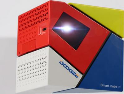 Doogee Smart Cube P1 Projector