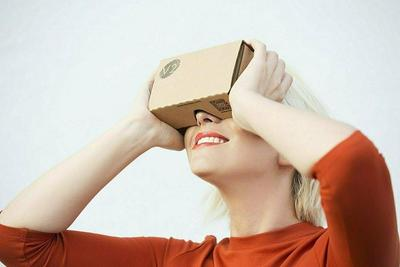 Knoxlabs Knox v2 VR Headset