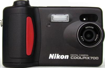 Nikon Coolpix 700 Digital Camera